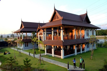 ih-chiang-mai-school-as-sunset